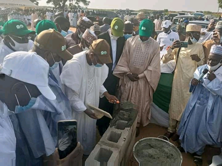 FB IMG 16011399903683977 c158d9a0c1399b6d9950bcac470f4f68 - 5000 houses to be constructed for the less privileged in Kebbi State - Governor Bagudu