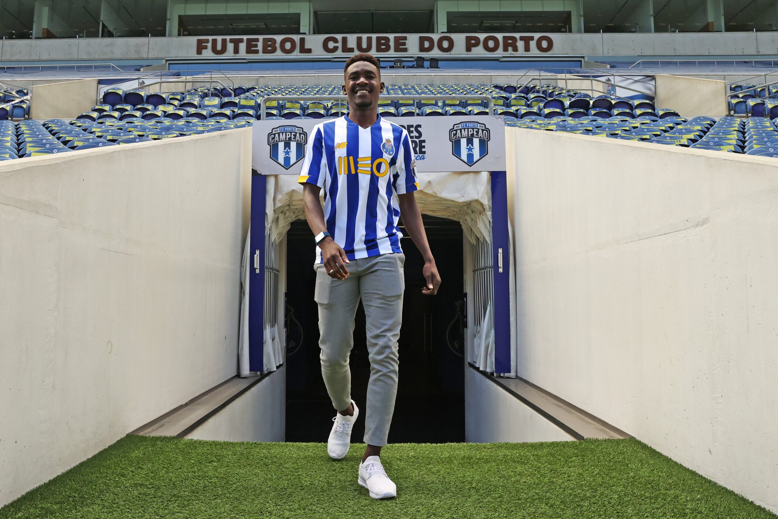 IMG 20200831 170317 49a8421337fcc4e0863c9ced9dcef7f2 scaled - Nigerian rising star joins FC Porto